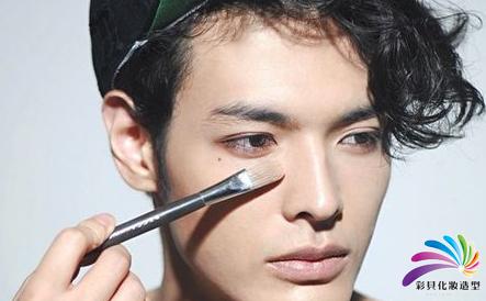 如何通过化妆成为韩国美男偶像图片